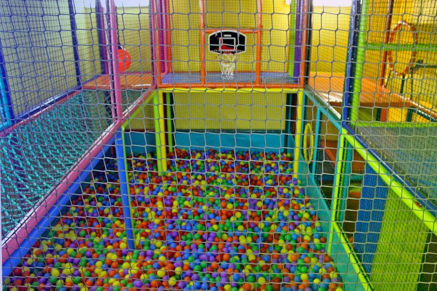 juegos-infantiles-piscina-bolas